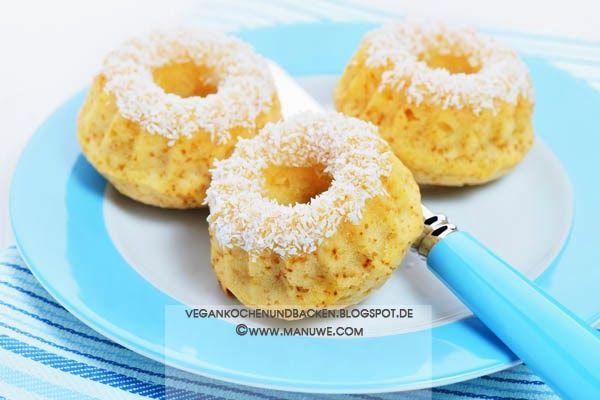 Zitronen-Kokos-Mini-Guglhupf
