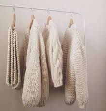 knitwear,warm,cozy,white,cream