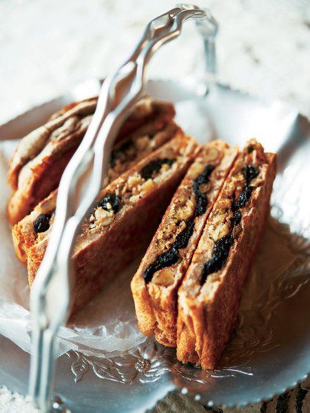 Recipe : オイルサーディン&プルーンのホットサンド #レシピ #サンドイッチ