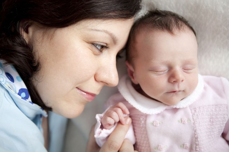 ¿De verdad se puede dormir a un bebé en pocos segundos? Pues al parecer la respuesta es SI. Algunos padres han compartido sus trucos en las redes sociales y, a juzgar por las respuestas, sus métodos son un éxito. Una pena que no supe de ellos antes. Mi hijo siempre fue muy dormilón pero hubo… Lee más»