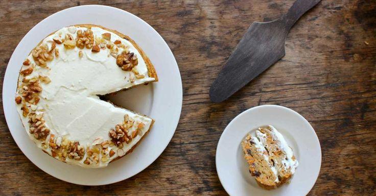Recept na vláčný mrkvový dort s banánem a s ricottovou polevou