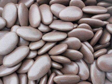 drages au chocolat couleur taupe vernis suikerbonen met chocolade kleur taupe glanzend - Sdb Chocolat Taupe