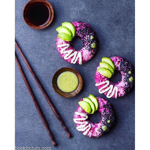 Sushi donuts!!! ✨ Inspired by the creative genius that is Sam @sobeautifullyraw The sushi rice is coloured with beetroot and purple cabbage juice and I topped them with avo, black sesame, wasabi and a cashew mayo. If you think vegan food is...