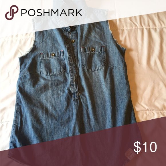 Blue jean shirt Blue jean, fringed round shoulders, buttons up Tops Button Down Shirts
