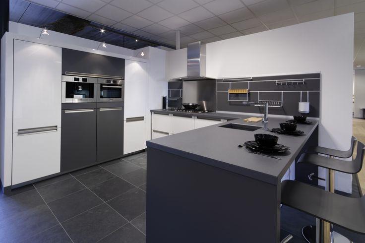 Grijze Keuken Modern : Dan idee?n over wit grijze keukens op witte