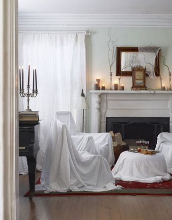 interesting idea...DIY-Halloween-Decorations-sheets-over-furniture-1010-de