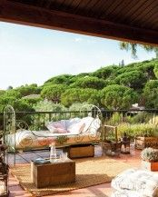 34 Refined Provence-Inspired Terrace Décor Ideas