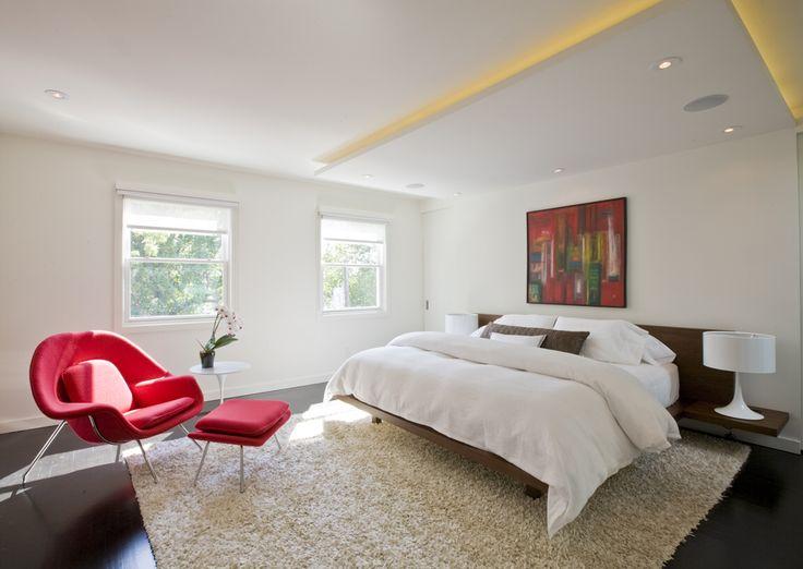 Eine auffällige Schlafzimmer-Komposition von FormaOnline.com aus DC mit; unser Pa …   An eye-catching bedroom composition by <a href=
