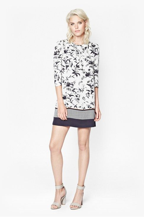 Cute little floral print tunic dress! Love! http://rstyle.me/n/kep36bipe