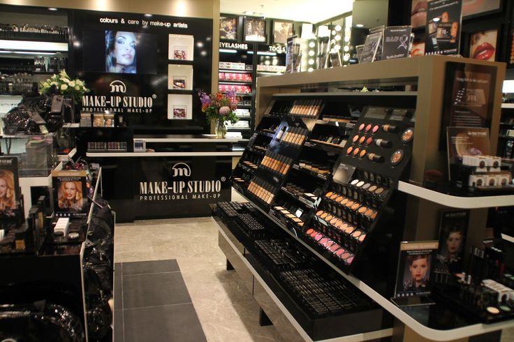 store+makeup