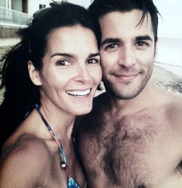 angie harmon & jordan bridges She looks SO VERY JANE RIZZOLI in this picture to me! This would be a great couple.....Jordan, Angie's single....just sayin'