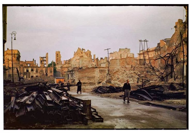 During World War II 84% of Warsaw was destroyed. Dramatic snaps in colour show the centre of the city, including Śródmieście, Old Town and m...