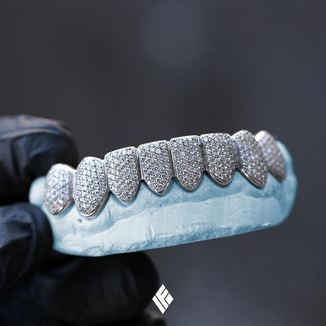 Solid 14K White Gold Bottom 8 Grills Fully Iced Out With White Diamonds. Custom made for @jasonchristopherrr  #Grillz #CustomJewelry #IFANDCO