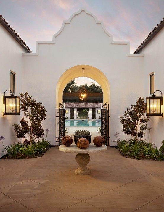 Exterior Design / Spanish Courtyard / So Peaceful & Beautiful!