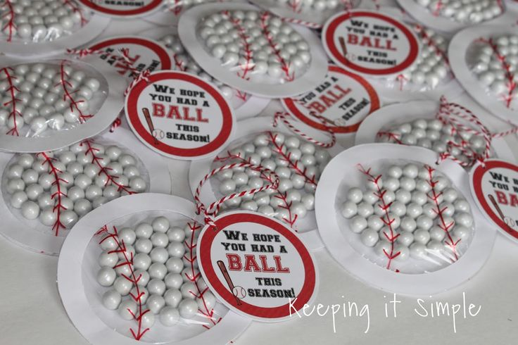 Keeping it Simple: Easy Sports Team Treat- Sports Balls Candy Pouches with Free Printable
