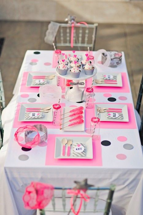 cute table setting: pink scrapbook paper used as placemats