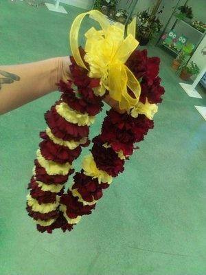 ASU graduation lei. (Flora Unique Florist)