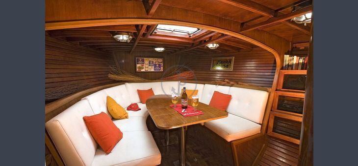 Boat holiday departing from #Cagliari on sailboat. Duration: 7 days. Period: 05/26 to 10/05. Price from €350. Maximum capacity: 6 people. Find out more at http://www.barcheyacht.it/vacanze-barca/vela-barca-a-vela-16-metri-cagliari-ca-italia_1105/