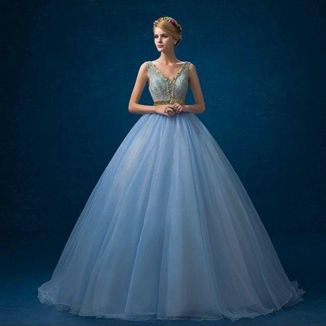 ウェディング ドレス カラー