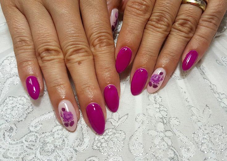 Pink Roses Nails
