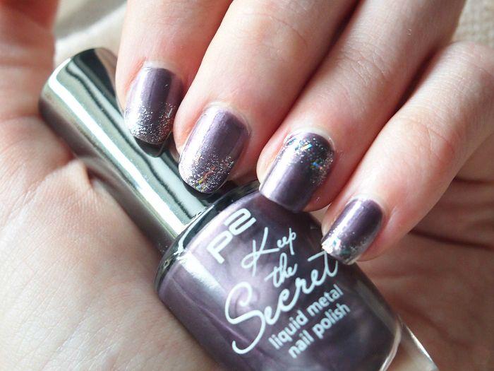 glitter nailart violet