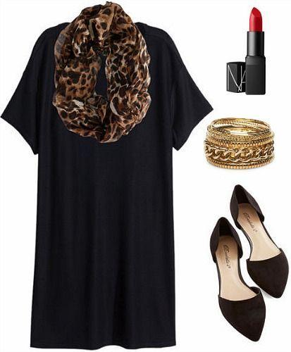 Leopardenschal und schwarzes Kleid