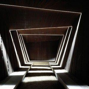 RCR Arquitectes - Bodegas Bell-Lloc.  La salle de dégustation. à voir les jours de pluie!