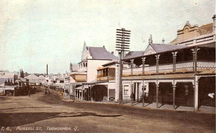 1913 Russell Street