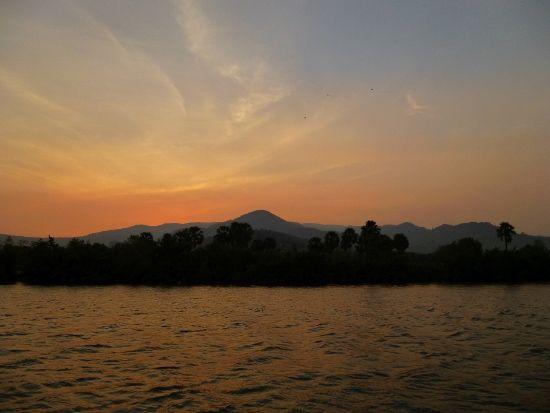 #Sonnenuntergang in #Kampot #Kambodscha. Mehr über Kampot gibt es hier: http://goo.gl/UBkj0h