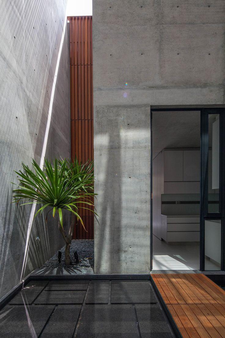 Gallery of Belimbing Avenu / hyla architects - 10