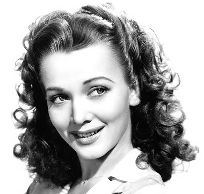 1940s hairstyles for long hair  #1940sfashion #1940sstyle #fashion #style #hair