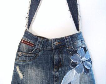 Items op Etsy die op Denim Rugtas upcycled jeans rugzak grote marine blauwe koord emmer tas 90s grunge hipster rugzak eco vriendelijke gerecycleerd repurposed lijken