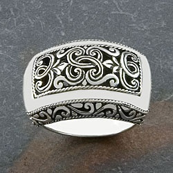 @Overstock - Click here for Ring Sizing Chart.Ring features floral designJewelry crafted of sterling silverhttp://www.overstock.com/Worldstock-Fair-Trade/Handmade-Sterling-Silver-Wide-Cawi-Ring-Indonesia/3964234/product.html?CID=214117 $58.99