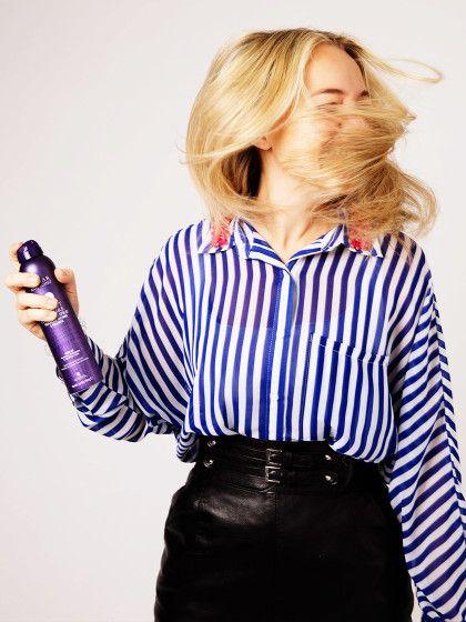 Volumen pur! Wir haben die 5 Top Haarsprays getestet.