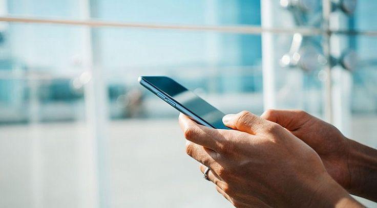 Mahkeme karar verdi! Cep telefonu fiyatları ucuzlayacakDanıştay, CHP'nin başvurusu üzerine cep telefonları ve iPad'lerden bandrol ücreti alınmasını ip...