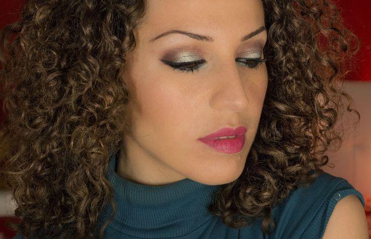 Make-up tutorial Spring Un make-up fresco per dare il benvenuto alla primavere! Ho utilizzato prodotti Mac,l'oreal. Nars, Kiko, essence! #maccosmetics #macpro #loreal #kiko #makeup #makeuptutorial #makeupartist #fashion #eyes #lips #beauty #bellezza #trucco #occhi #sexy #cute