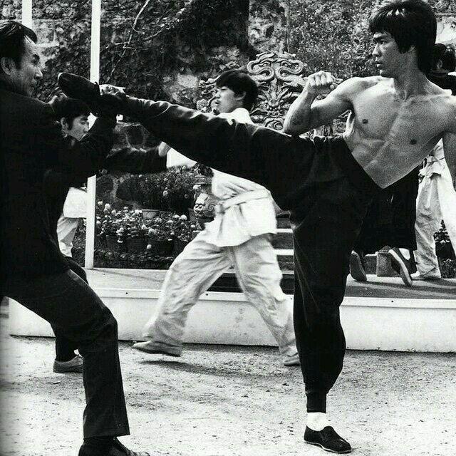 Kien Shih & Bruce Lee (Enter the Dragon 1973)