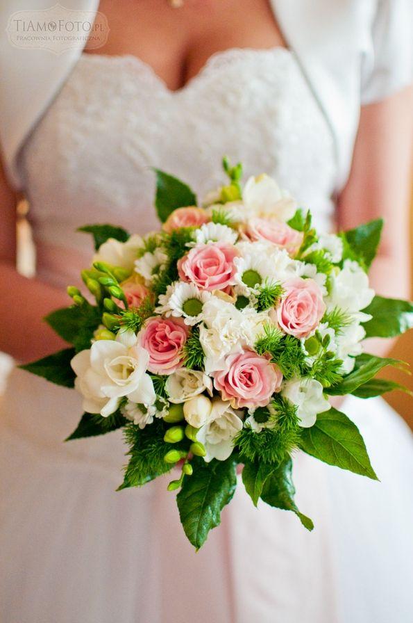 TiAmoFoto.pl bukiet ślubny, wedding bouquet, bukiet panny młodej, bride, kwiaty, ślub, fotografia ślubna, wesele, fotograf, detale, dodatki ślubne, dekoracje, bride, biały, różowy