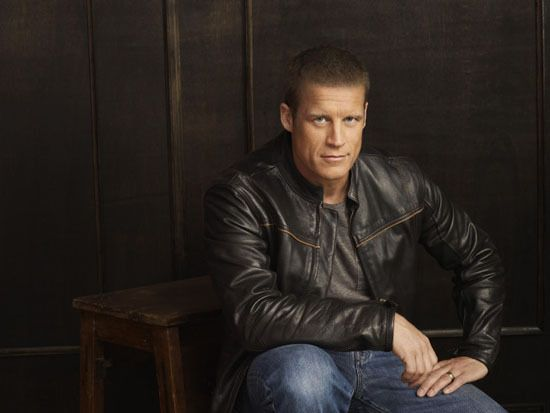 Mark Valley..yum