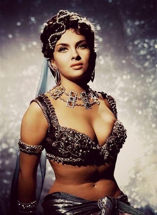 Gorgeous Gina Lollobrigida.