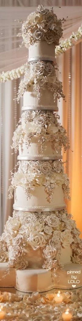 Regal wedding cake! Enjoy more on RushWorld boards, WEDDING CAKES WE DO, HELLO CUPCAKE and I CAN'T BELIEVE IT'S CAKE. See you at RushWorld!