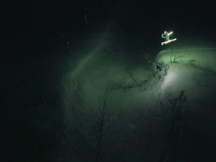 Лунная линия - покорение горнолыжного склона ночью   Фристайлер Матье Бияссон из Франции #fott #fottTV #MoonLine #MathieuBijasson  https://fott.tv/2016/12/13/lunnaya-liniya/