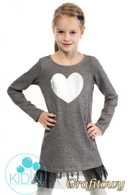 Dzianinowa sukienka dziewczęca z tiulowym dołem.