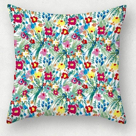 Spring bloom  https://estampable.com/design/azulejoenflor-2/  #cristinasosa #estampado #textil #desing #primaver #fashionillustration #fashiondesigner #design #illustration #art #handmade #barcelona