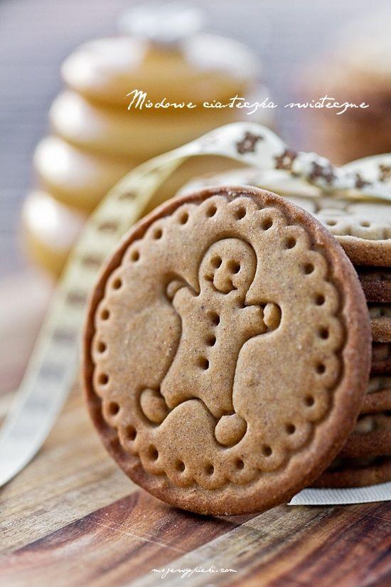 Miodowe ciasteczka z przyprawami korzennymi