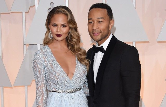 Джона Ледженда и Крисси Тайген оскорбил папарацци-расист #JohnLegend #ChrissyTeigen #звезды #знаменитости