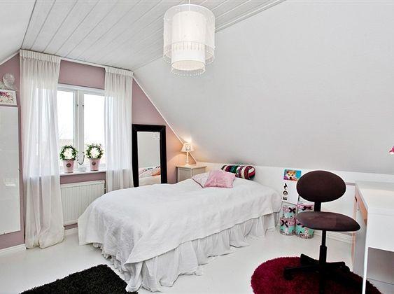 teen room..