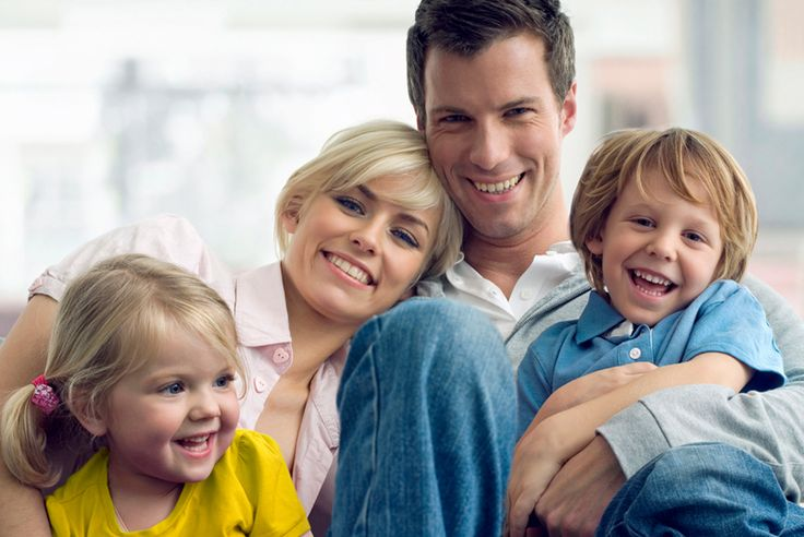 Kinder sind für Beziehungen Glück und Herausforderung zugleich: Tipps für eine glückliche Beziehung zwischen Windel wechseln und dem ersten Zahn.