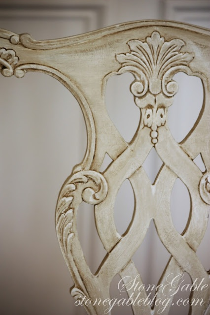 Painting old chairs  The Enchanted Home: Bloggers beautiful abodes....Yvonne of StoneGable!