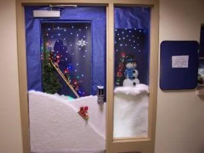 61 Best Christmas Door Decorations Images On Pinterest